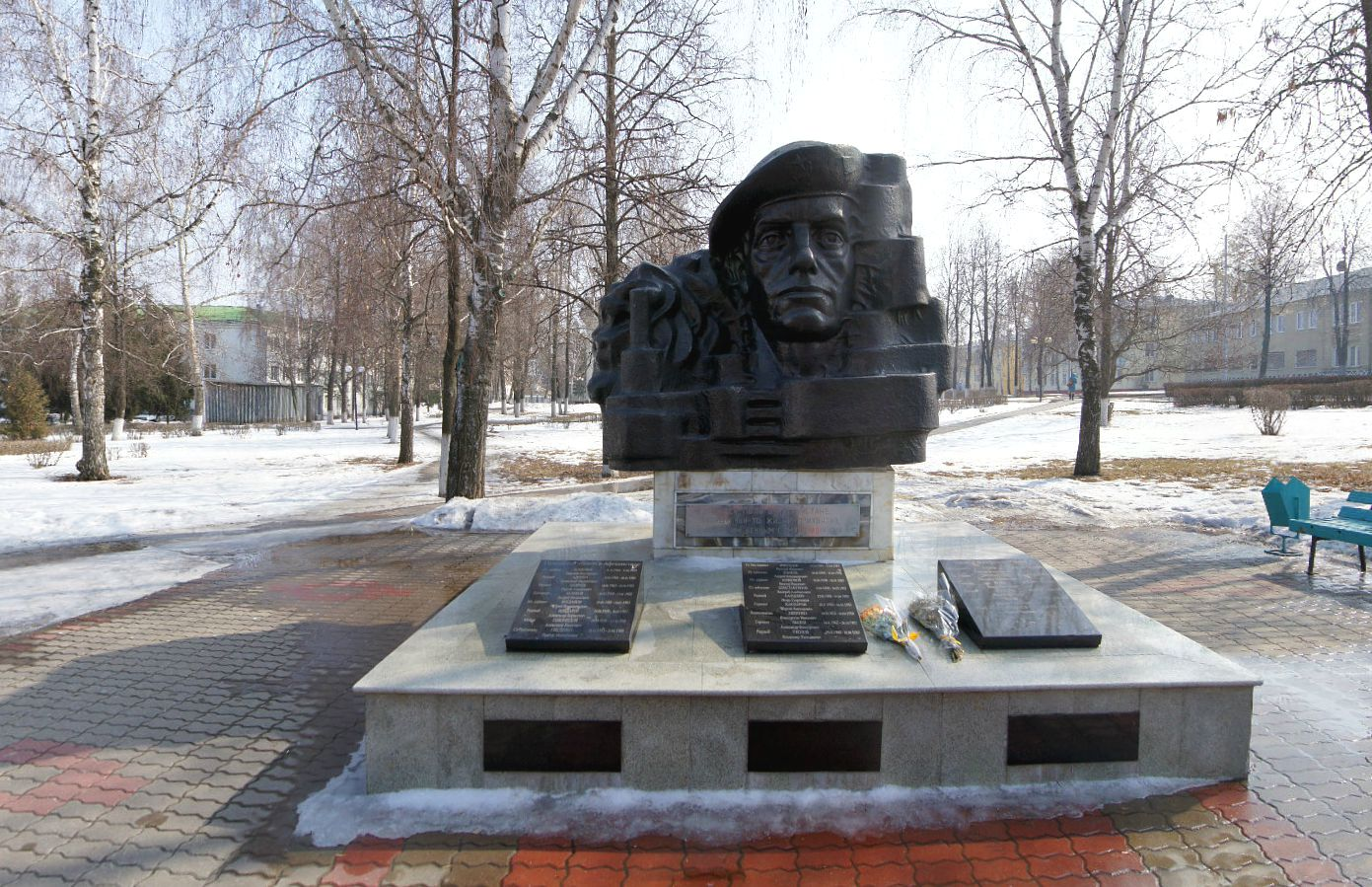 Памятник тачанка в ростове на дону фото шкура